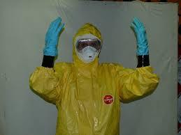 Schutzausrüstung bei Ansteckungsgefahr durch Ebola